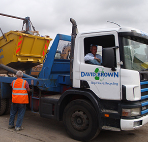 Skip being towed through harlow